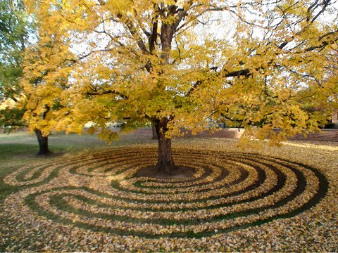 Call for Labyrinths-on-the-Grounds
